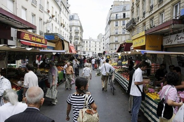 Mercatini di parigi mercato di aligre - Il mercato della piastrella moncalieri orari ...