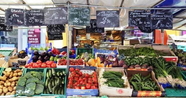 Mercatini di parigi mercato biologico di raspail for Mercato prato