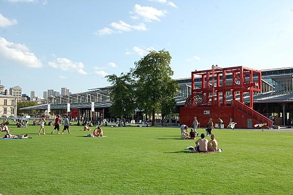 Parc de la villette parigi uno dei pi grandi parchi di for Piscine de villette de vienne