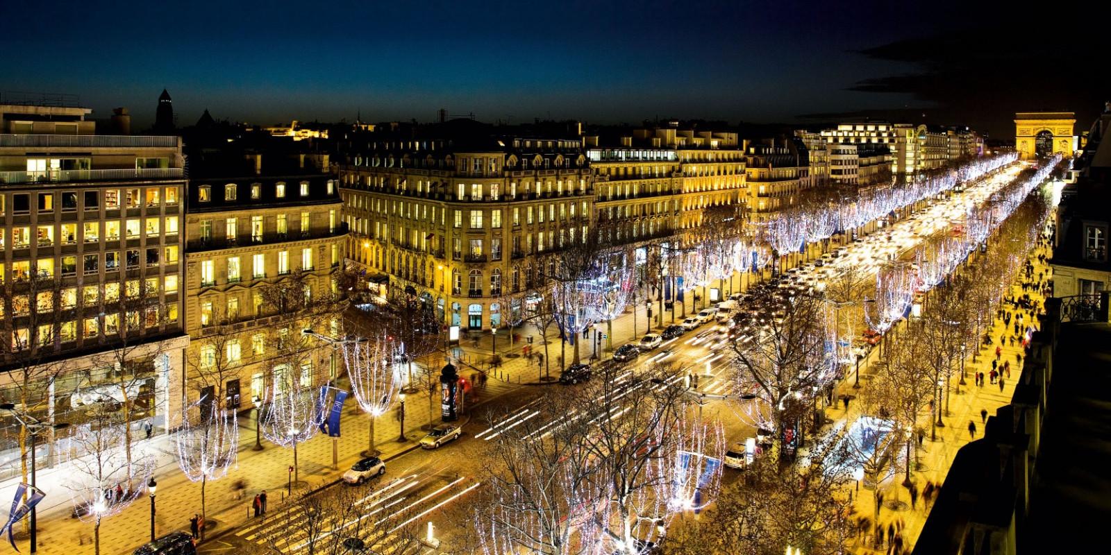 Champs Elysées Parigi - Triangolo d'oro