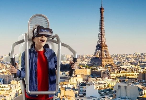 Fly View Paris: un\'incredibile esperienza di volo virtuale su Parigi