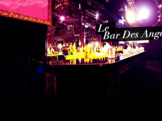 Paradis Latin - Bar des anges