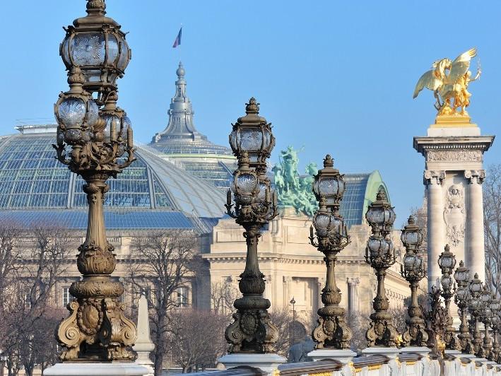Cosa fare a Parigi? Visita al Ponte Alessandro III (Terzo)