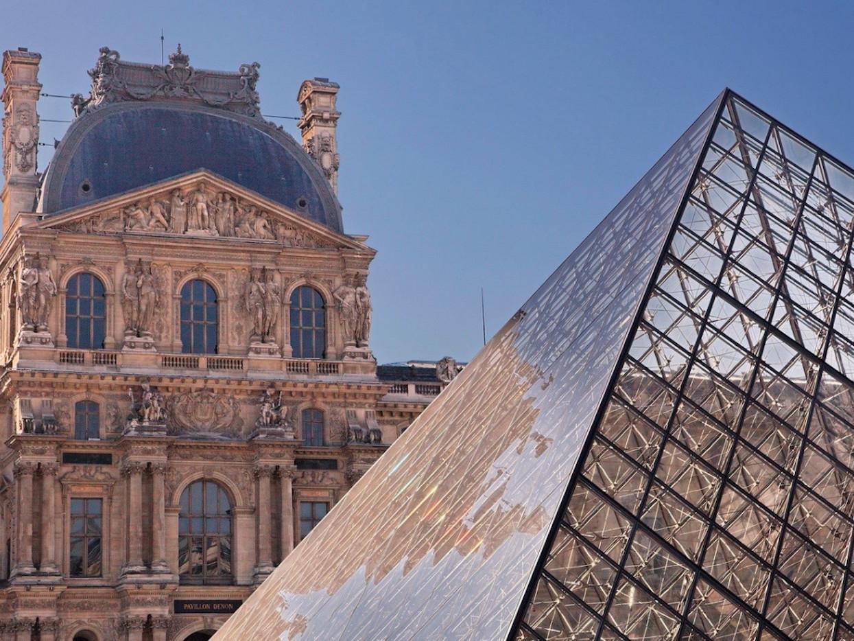 Piramide del Louvre - Museo del Louvre Parigi - storia, aneddoti e info turistiche