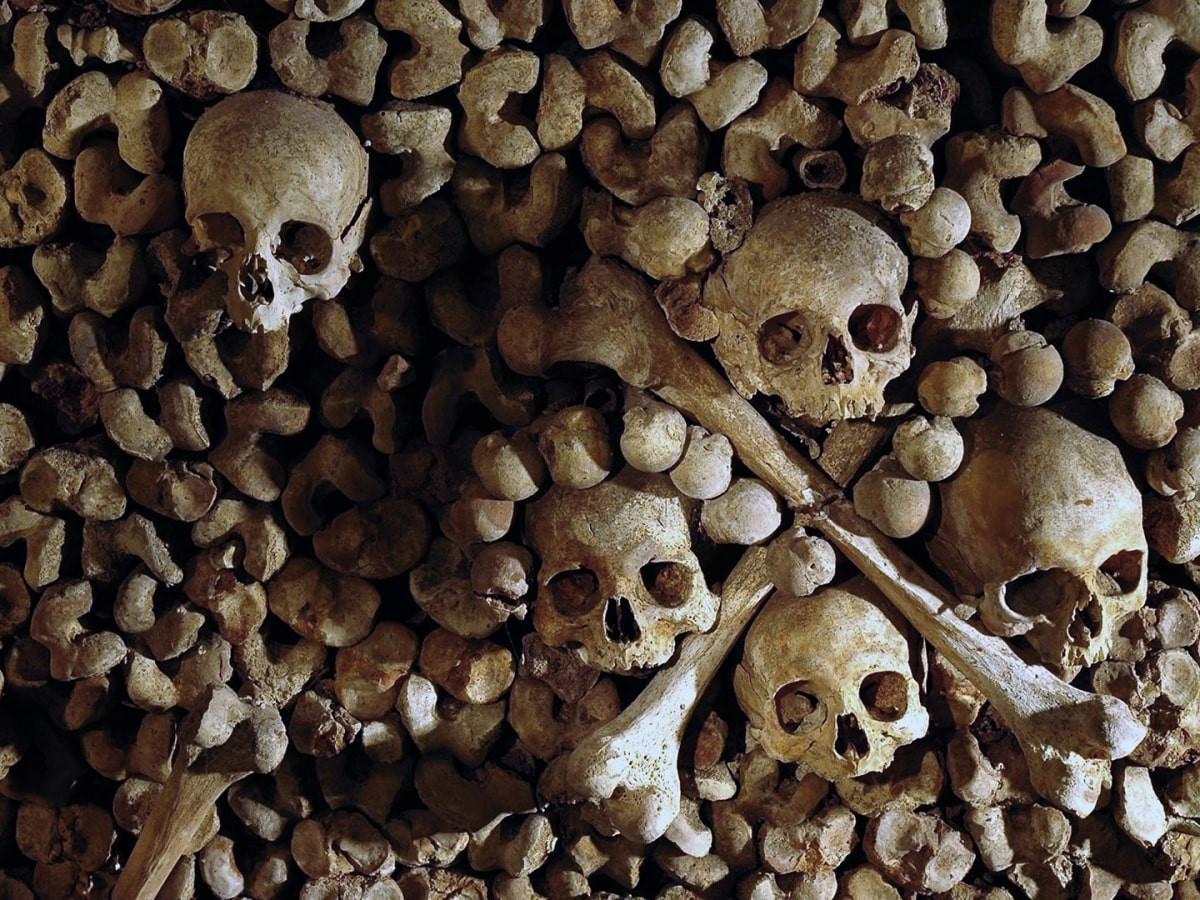 Le Catacombe di Parigi: Catacombes de Paris