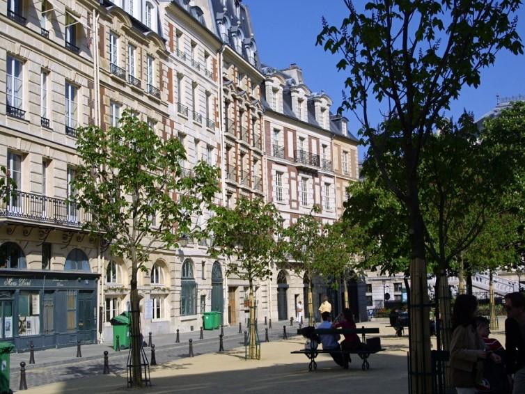 Place Dauphine a Parigi: informazioni turistiche e pratiche