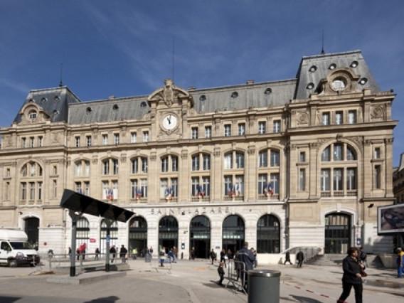 Le Stazioni ferroviarie (o Gares ) e metropolitane di Parigi   - Info e storia