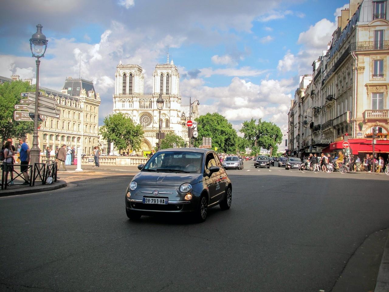Come arrivare a Parigi in auto