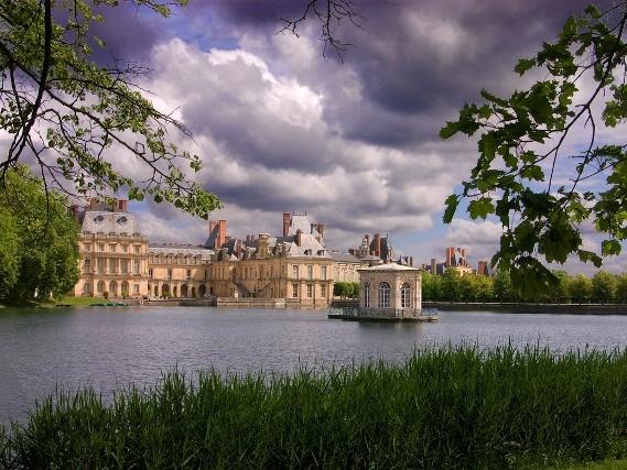 Video dintorni di Parigi. Scopri le località nei dintorni di Parigi