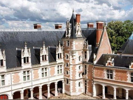 Castello di Blois - Castelli della Loira storia, info sulla visita e biglietti