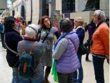 Visitare Parigi a piedi con una guida