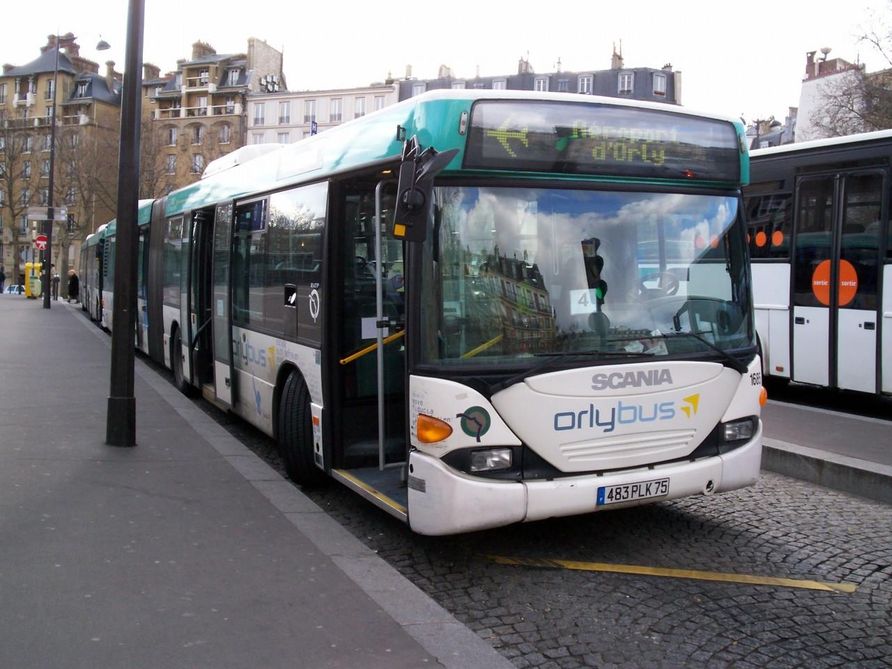 Le Bus Direct (ex Les Cars Air France) - navetta tra aeroporti stazioni e centro Parigi - Info, orari e biglietti