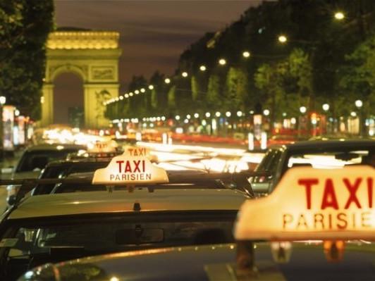 Taxi a Parigi - come chiamarli, dove trovarli, quanto costano - tutte le info