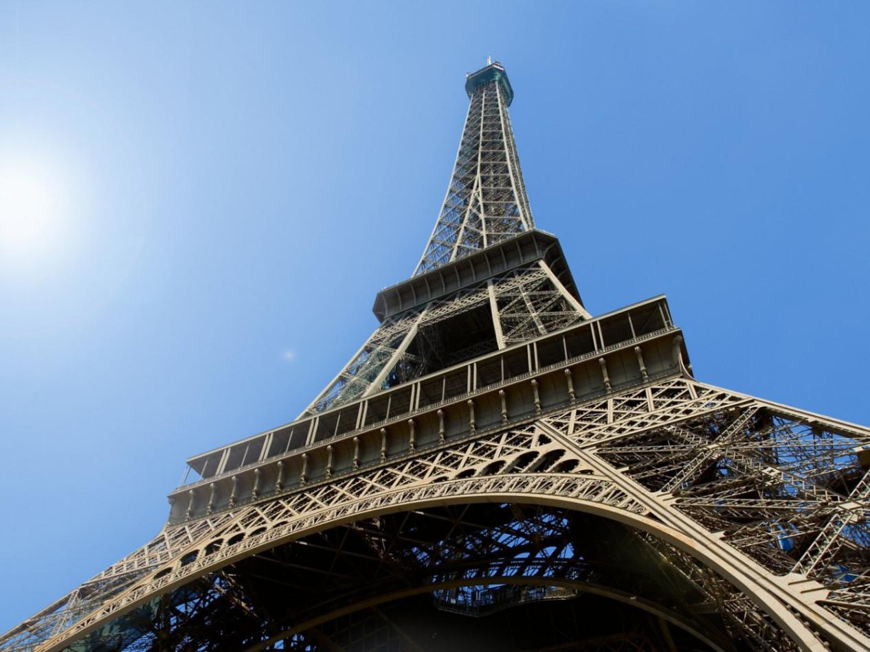 Come organizzare un viaggio low- cost a Parigi - consigli e indirizzi utili