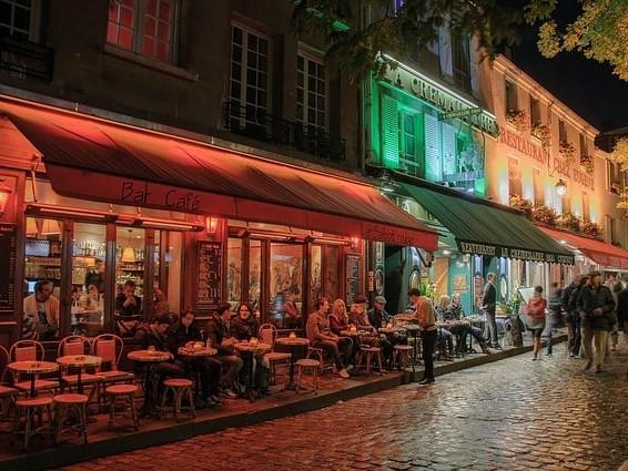 Cosa fare a Parigi di sera? Consigli per scoprire Parigi di notte