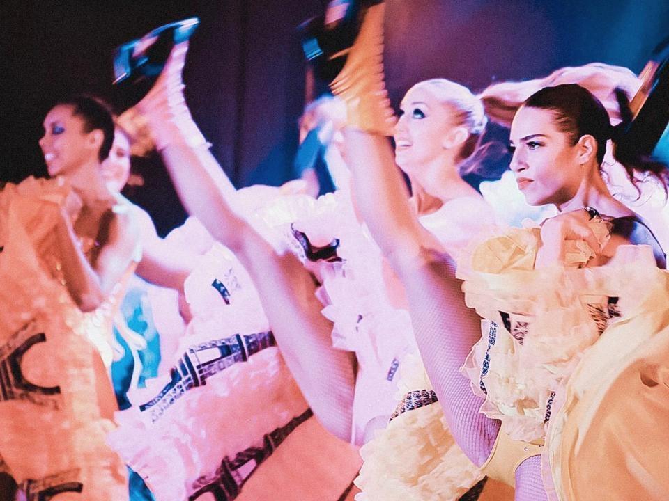 Riapertura cabaret a Parigi post-Covid: tutto quello che c'è da sapere