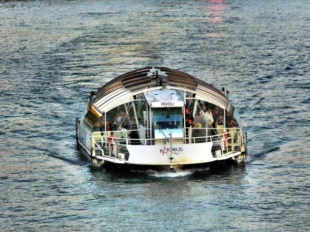 Batobus Paris, servizio trasporto sulla Senna con navetta - Parigi.it