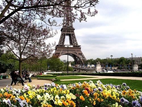 Come arrivare a Parigi, Voli Parigi, treni e bus Parigi