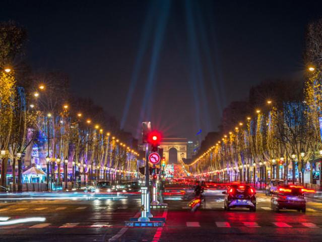 Quando Mettono Le Luci Di Natale A Parigi.Illuminazioni Di Natale 2019 2020 A Parigi Date Cosa Sapere